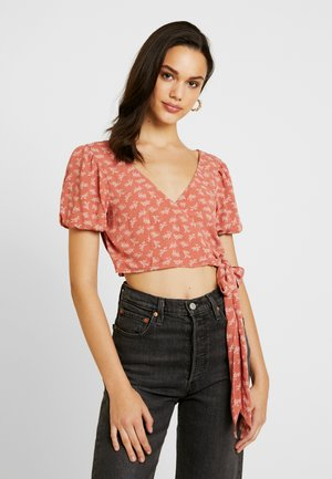 PUFF WRAP CROP - Blouse - rust