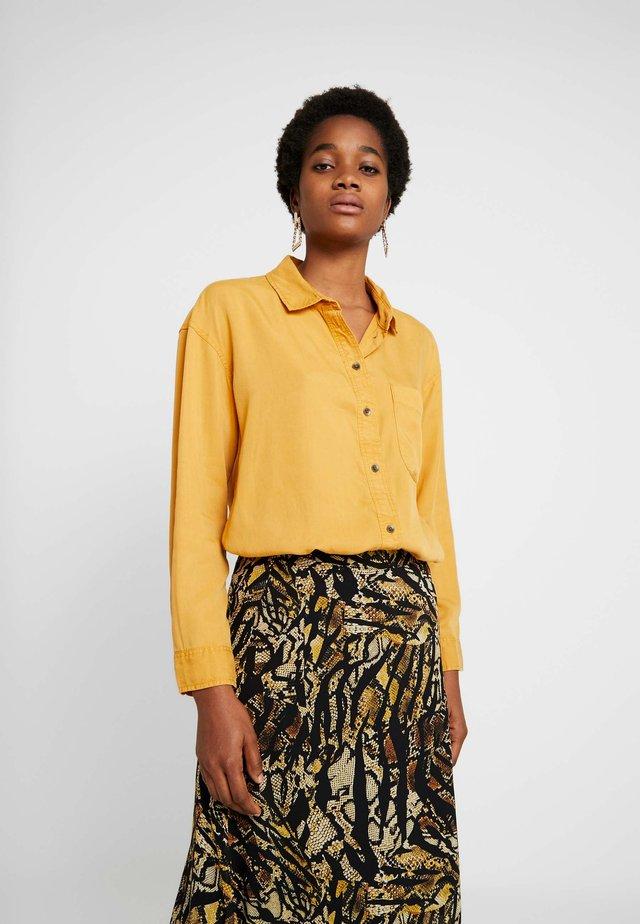 BUTTON DOWN - Button-down blouse - golden