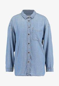 American Eagle - BUTTON DOWN - Button-down blouse - blue denim - 4