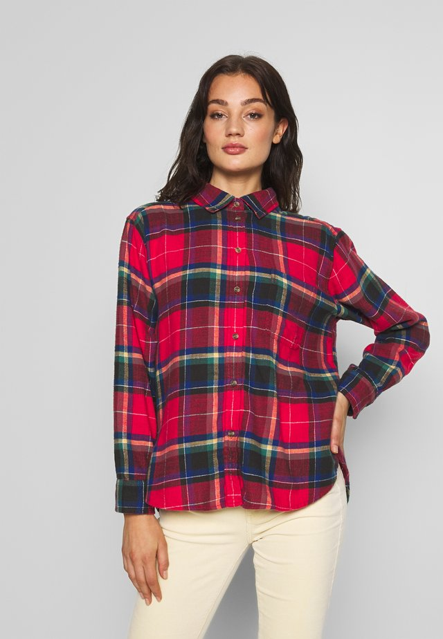 CORE CASUAL PLAID  - Button-down blouse - red beam