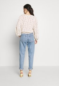 American Eagle - BLOUSON WRAP - Blouse - cream - 2