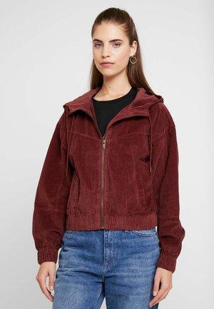 JACKET - Summer jacket - braun