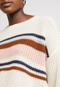 American Eagle - CHEST STRIPE SHAKER - Jumper - cream - 5