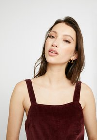 American Eagle - WIDE STRAP MINI - Robe d'été - burgundy - 3