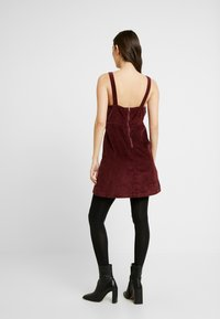 American Eagle - WIDE STRAP MINI - Robe d'été - burgundy - 2