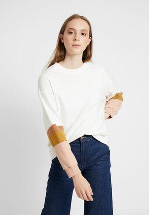 DROP SHOULDER CREW - Sweater - cream