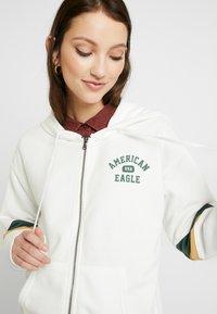 American Eagle - COLORBLOCK FULL ZIP - Hettejakke - cream - 3