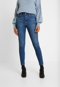 American Eagle - CURVY HI RISE - Jeans Skinny - fresh bright - 0