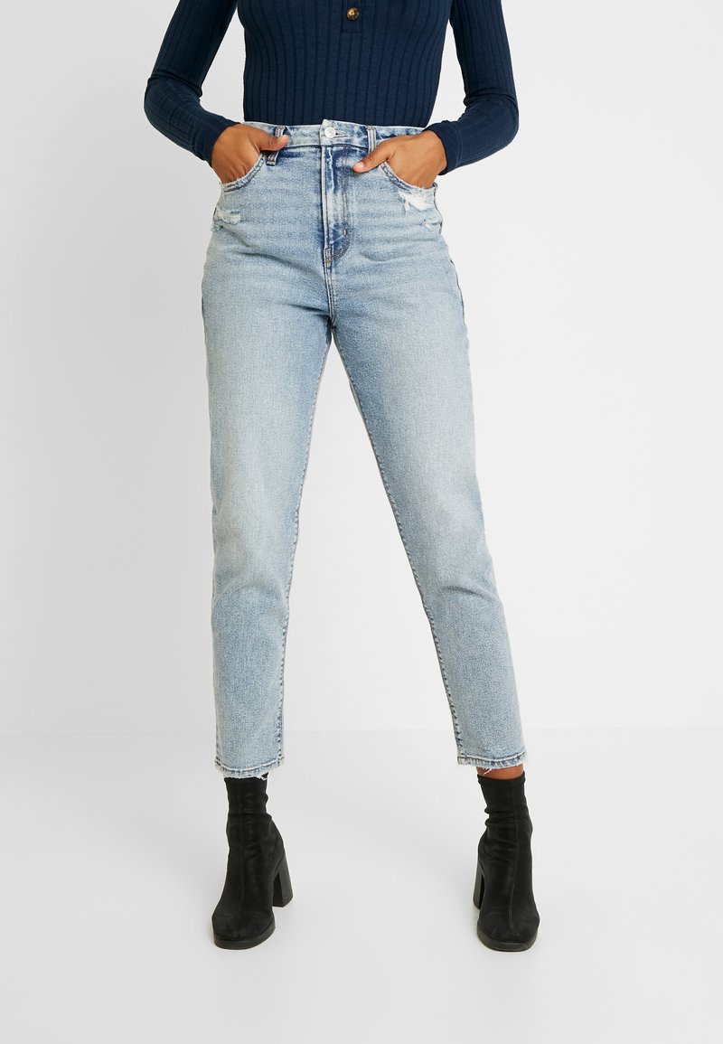 American Eagle - CURVY MOM JEAN - Relaxed fit jeans - cool classic