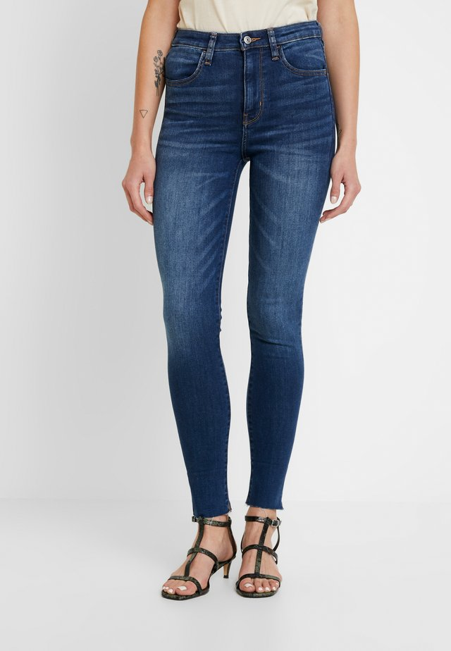 CROP - Jeansy Skinny Fit - campus brights