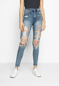 American Eagle - SUPER HI RISE - Jeans Skinny Fit - cloudy sky destroy - 0