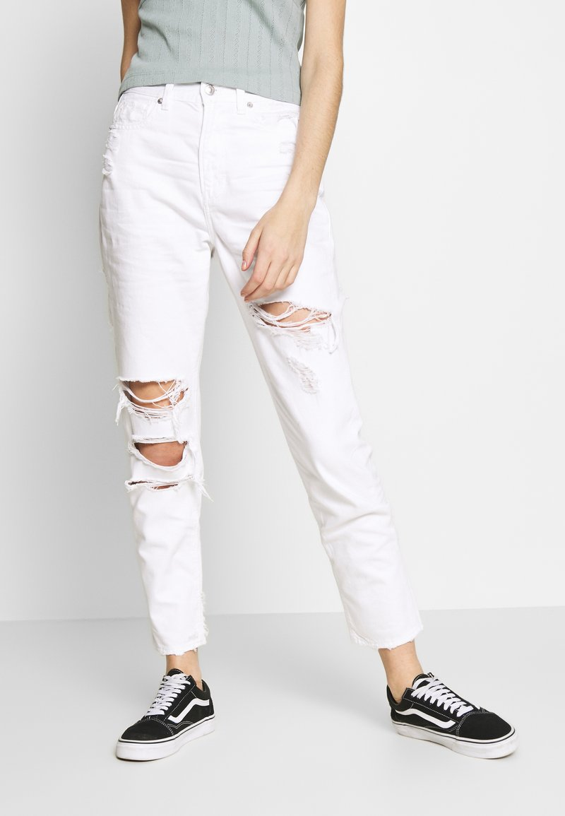 American Eagle - MOM - Slim fit jeans - white out