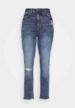 HIGHEST RISE MOM - Jeans slim fit - dark clouds