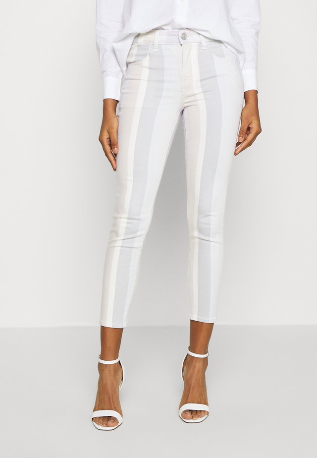 HIGH RISE CROP - Jeans Slim Fit - multi