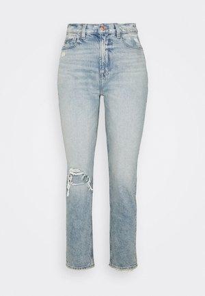 MOM JEAN - Jeans slim fit - destroyed light wash