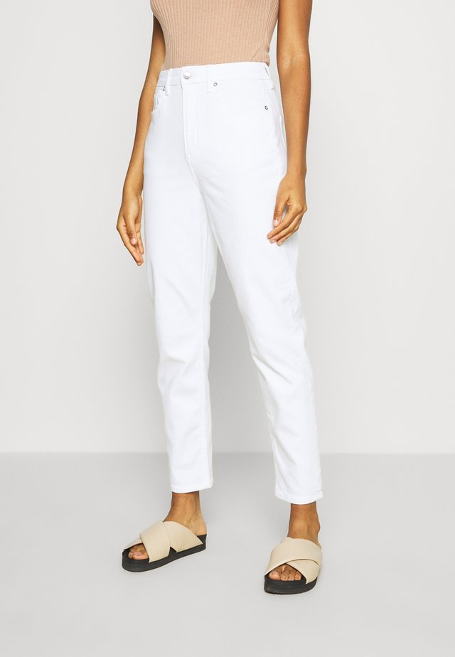CURVY MOM - Jeans Slim Fit - white