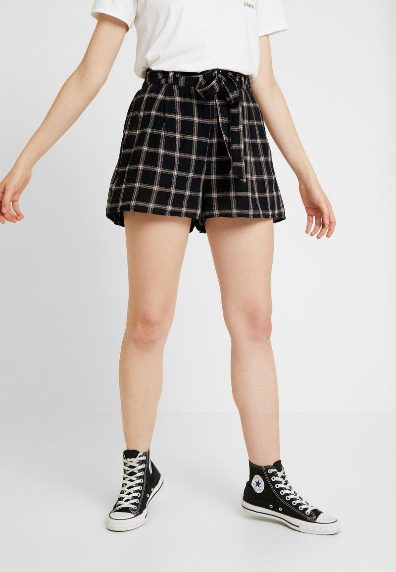 American Eagle - PLAID TIE FRONT - Shorts - black