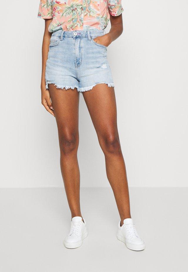 CURVY PRIDE HI RISE - Jeans Shorts - indigo
