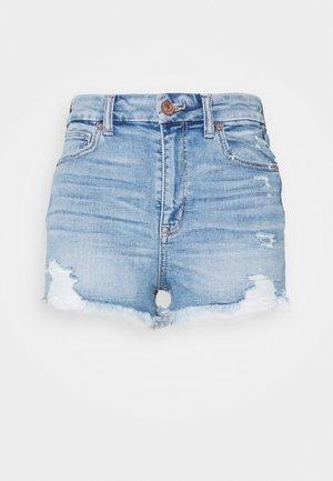 CURVY SHORTIE - Shorts di jeans - destroy your blues