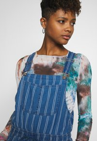 American Eagle - OVERALL SCARY STRIPE - Tuinbroek - blue - 3