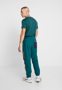 American Eagle - ACTIVE SIDE TAPE - Pantaloni sportivi - jade - 2