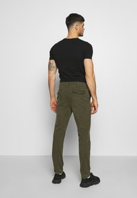 American Eagle - Chinos - olive - 2