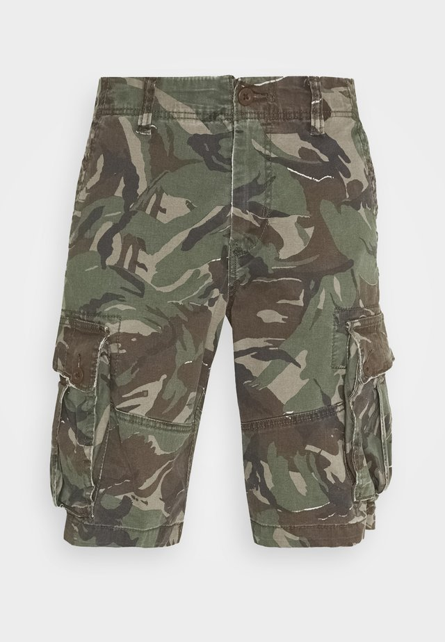 CLASSIC CARGO - Shorts - willow green