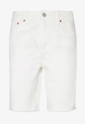 CLEAN INIDGO CUTOFF SHORTS - Džínové kraťasy - air white