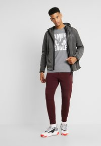 American Eagle - AUGUST VALUE - T-shirts med print - gray - 1