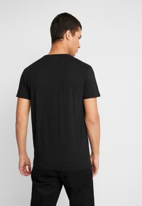 American Eagle - AUGUST VALUE - T-shirt imprimé - black - 2