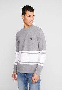 American Eagle - MOCK NECK PANEL - T-shirt à manches longues - medium grey heather/new white - 0