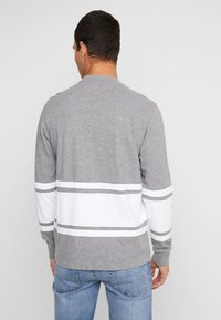 American Eagle - MOCK NECK PANEL - T-shirt à manches longues - medium grey heather/new white - 2