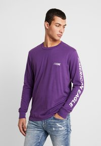 American Eagle - SET IN TEE BOUND NECK - Pitkähihainen paita - purple - 0