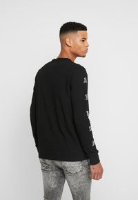 American Eagle - OLD ENGLISH - Long sleeved top - black - 2