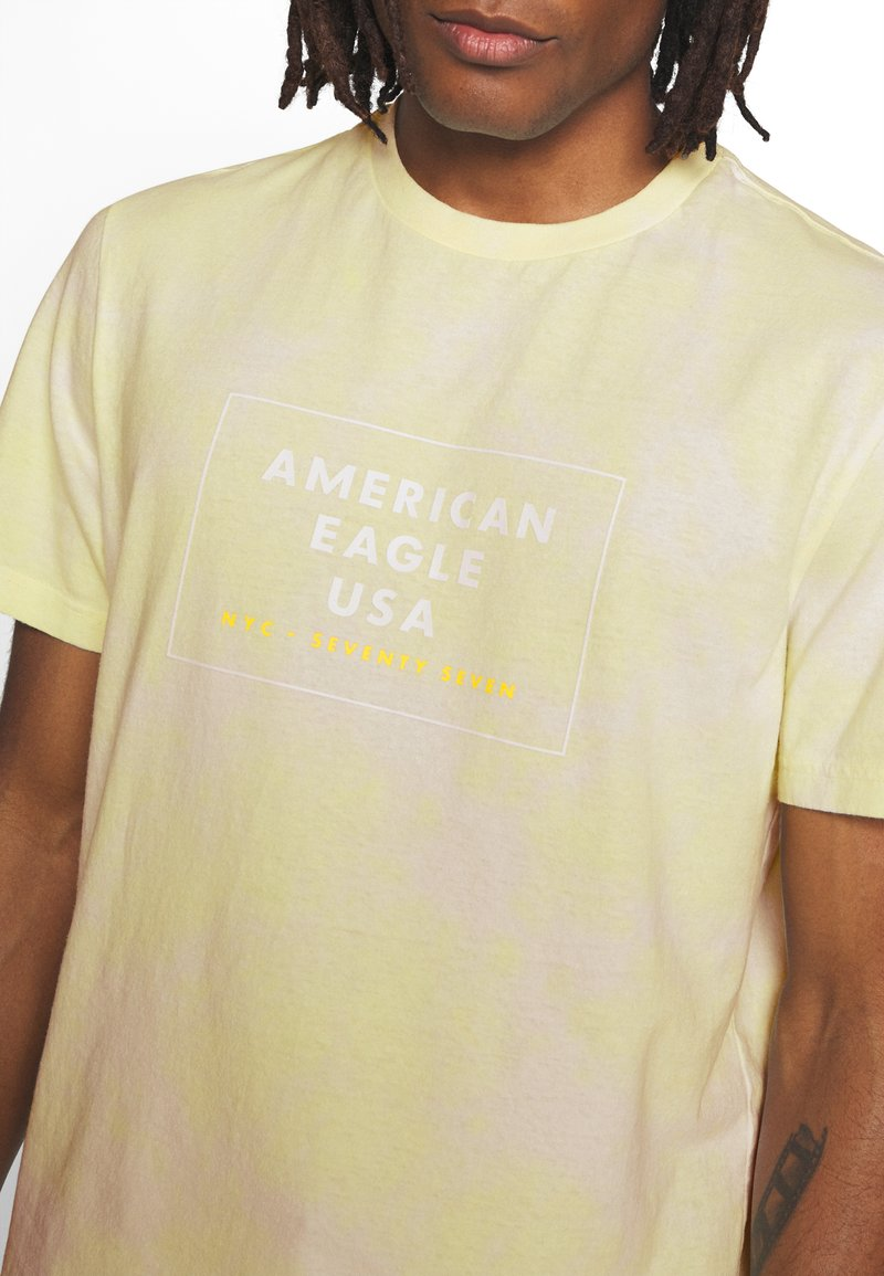 American Eagle SET IN TEE - T-shirts med print - yellow