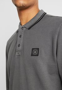American Eagle - TIPPED  WITH GRAPHIC - Polo - dark grey - 3