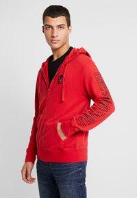 American Eagle - ICON HOODIE - Zip-up hoodie - athletic red - 0