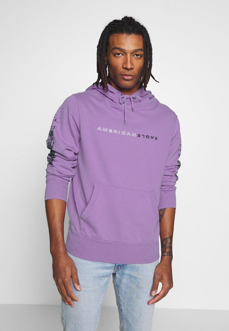 American Eagle - ACID WASH  - Bluza z kapturem - purple