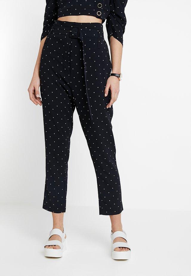 OSCAR PANTS - Trousers - black