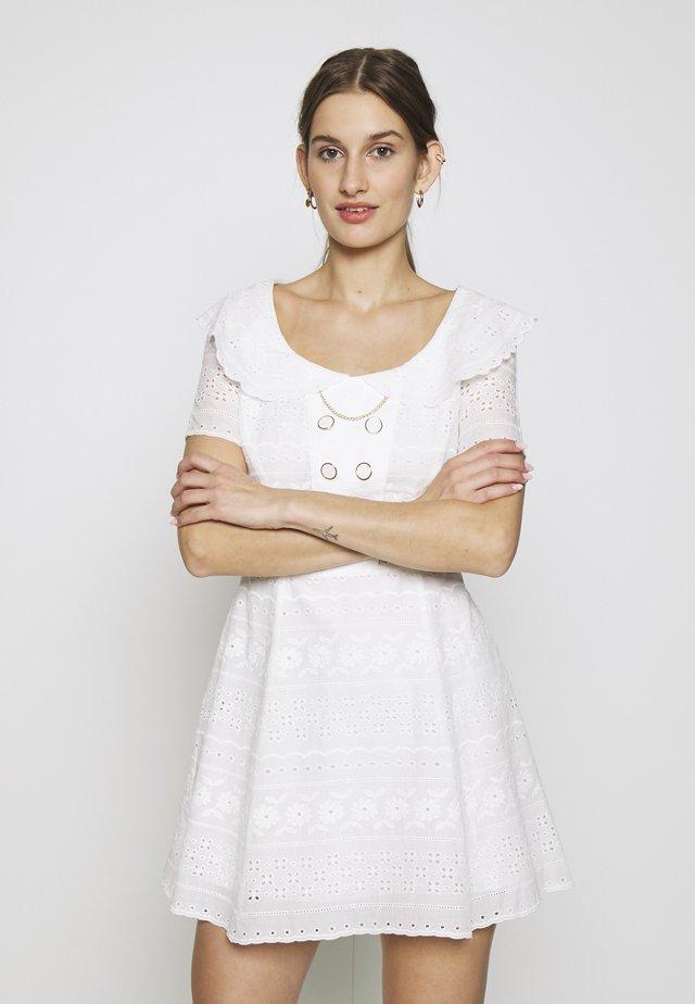 BABY JANE MINI DRESS - Vestito estivo - porcelain