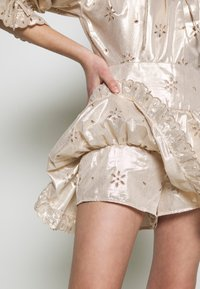 Alice McCall - ELECTRIC GALAXY PLAYSUIT - Overal - gold - 4