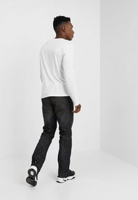 Amsterdenim - REMBRANDT - Jeans Relaxed Fit - hand-tanned - 2