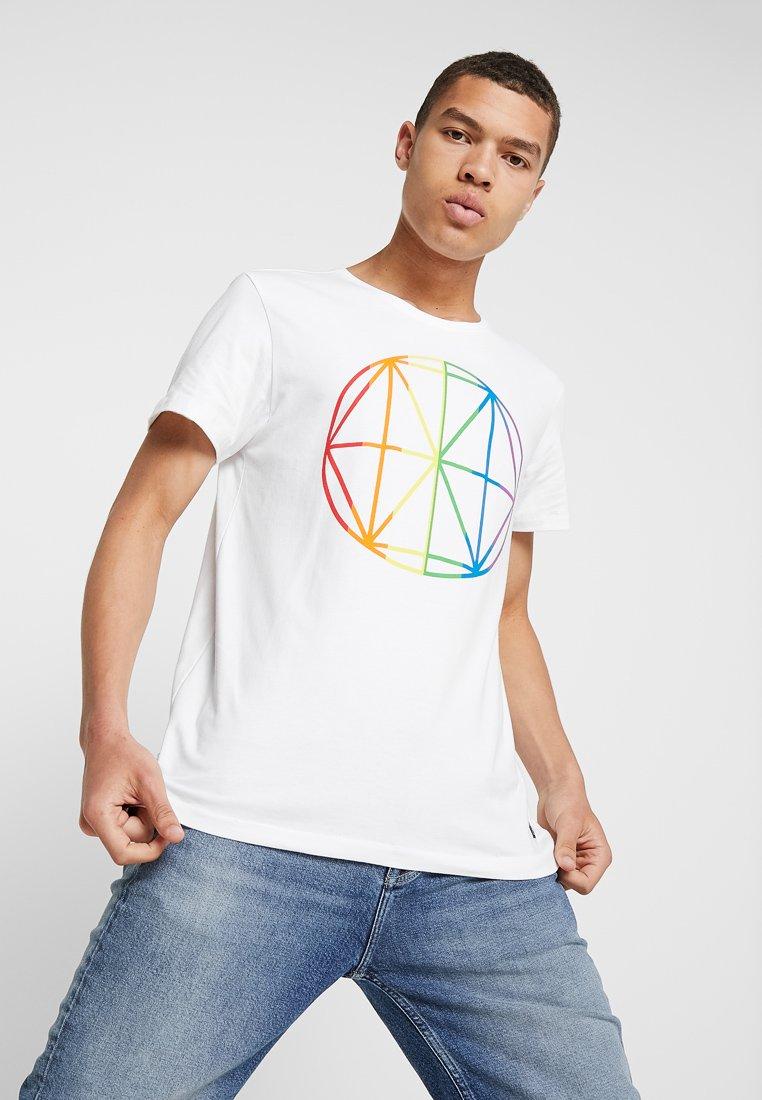 Amsterdenim - DIAMOND PRIDE - Print T-shirt - white