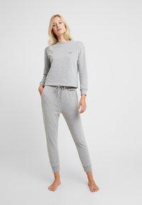 AMOSTYLE - SWEATER - Pyjamashirt - grey combination - 1