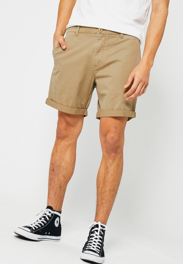 STEFAN - Shorts - light khaki