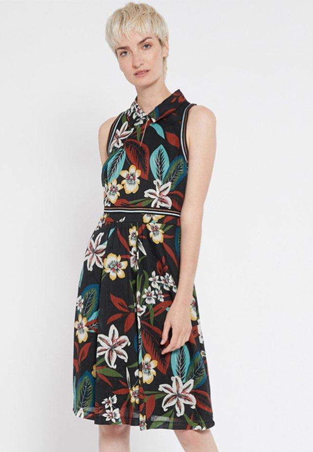 SEIRY - Korte jurk - multi-coloured