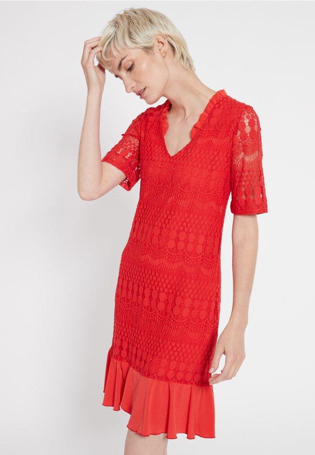 SANTYLE - Korte jurk - red