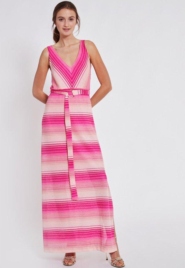 TOSKARA - Maxi-jurk - light pink
