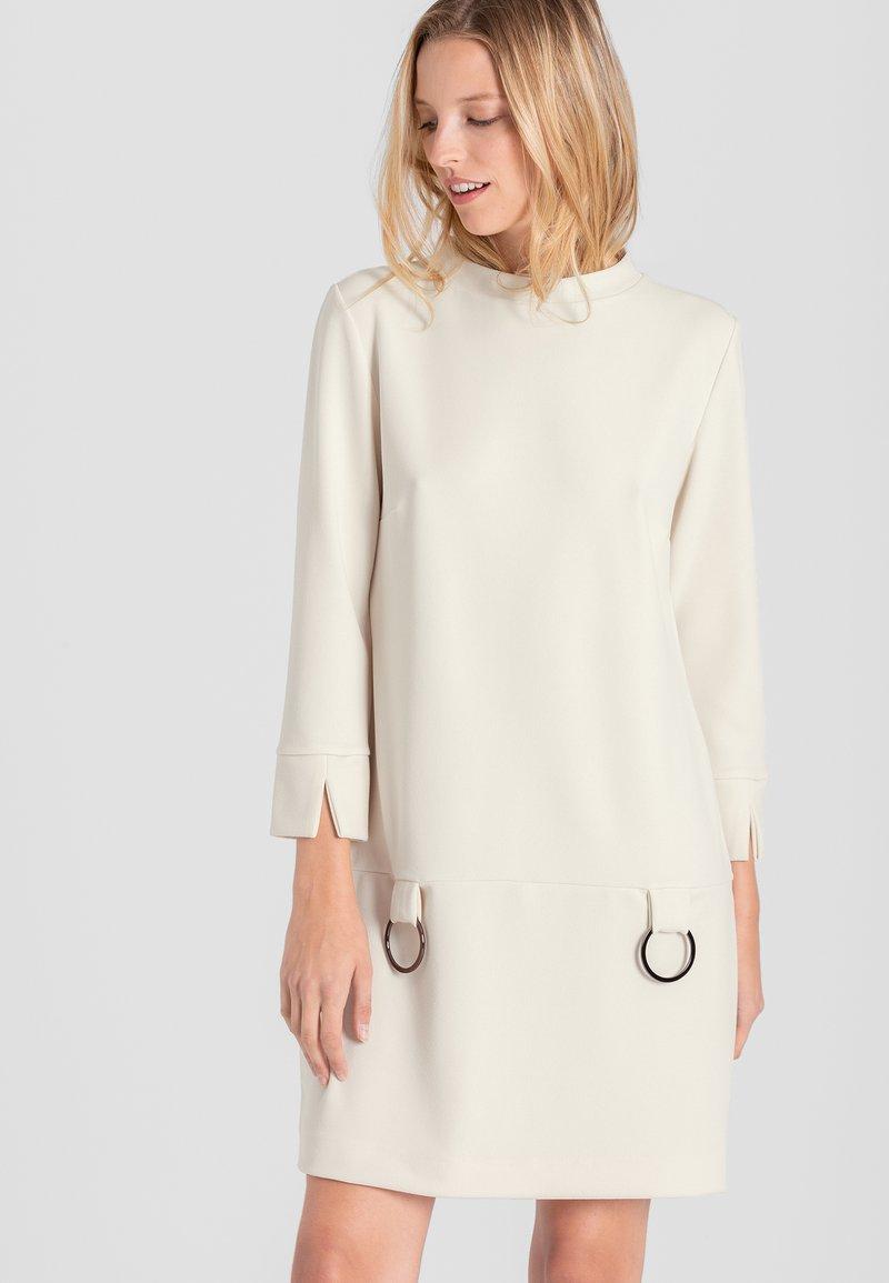 Ana Alcazar - Robe d'été - blanc
