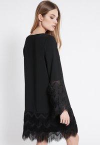 Ana Alcazar - Robe d'été - black - 2
